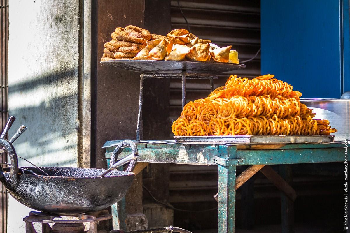Непал, Катманду, фастфуд