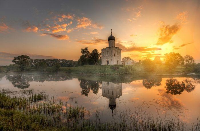Храм Покрова на Нерли. Фото: Эдуард Гордеев