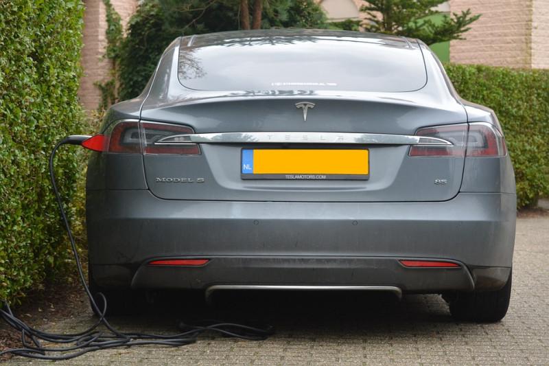 До банкротсва Tesla осталось несколько месяцев