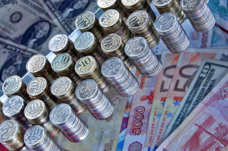 Русал держит рубль в напряжении