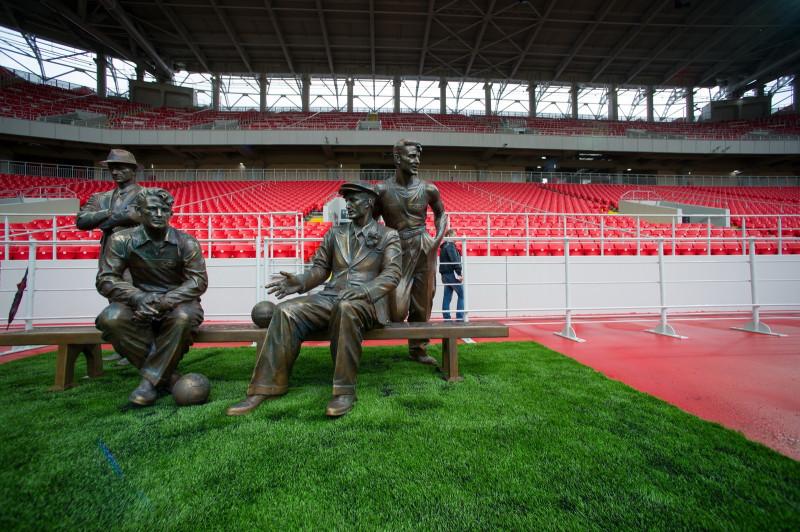 Слабый рубль - шанс для российского футбола