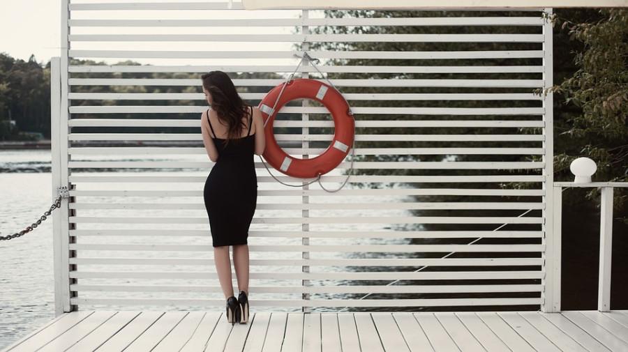 В России предложили запретить одежду черного цвета