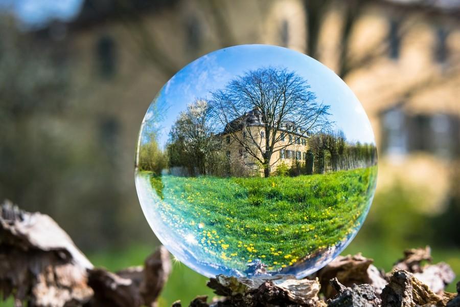glass-ball-4139652_960_720