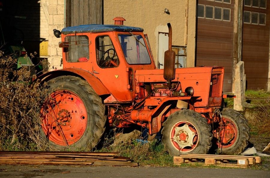 tractor-3919626_960_720