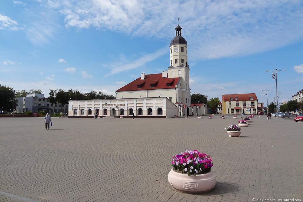 034_Belarus_Nesvizh_003.jpg