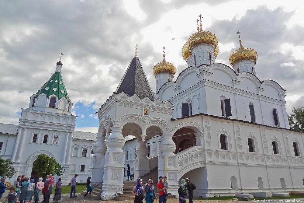 045_Russia_IpatyevskyMonastery_002.jpg