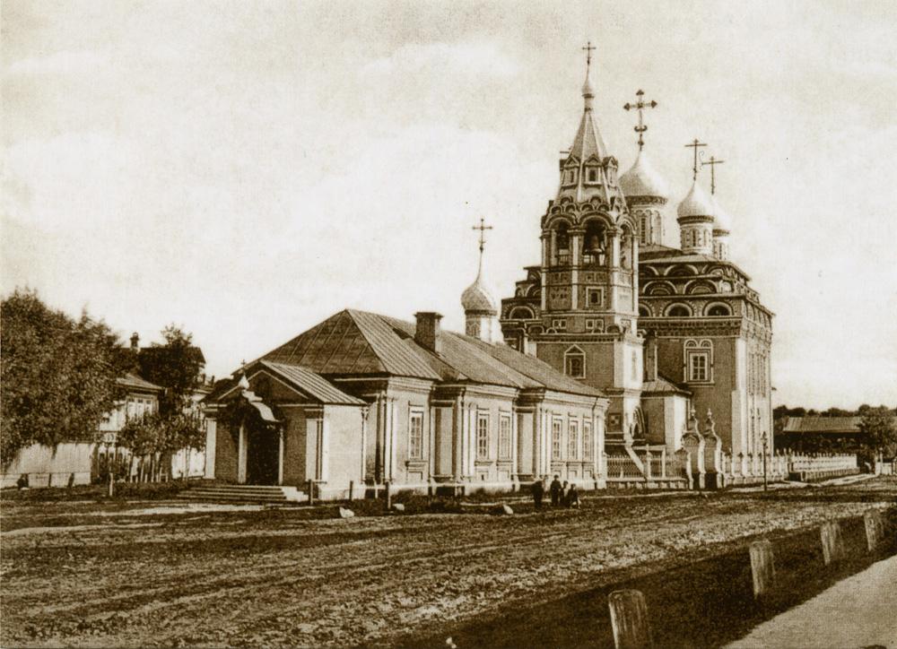 046_Russia_003_Кострома_Троицкая церковь.jpg
