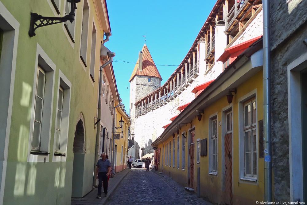 050_Estonia_Tallinn_OldCity_009.JPG
