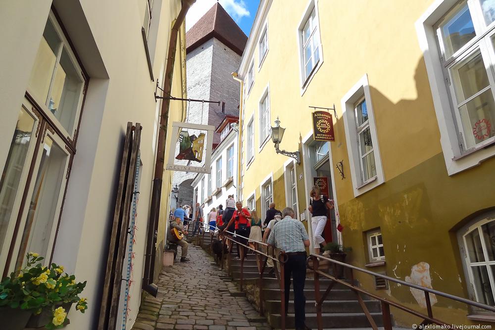 054_Estonia_Tallinn_Vyshgorod_001.JPG