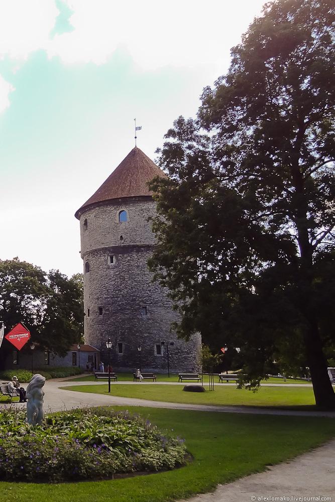 054_Estonia_Tallinn_Vyshgorod_004.JPG