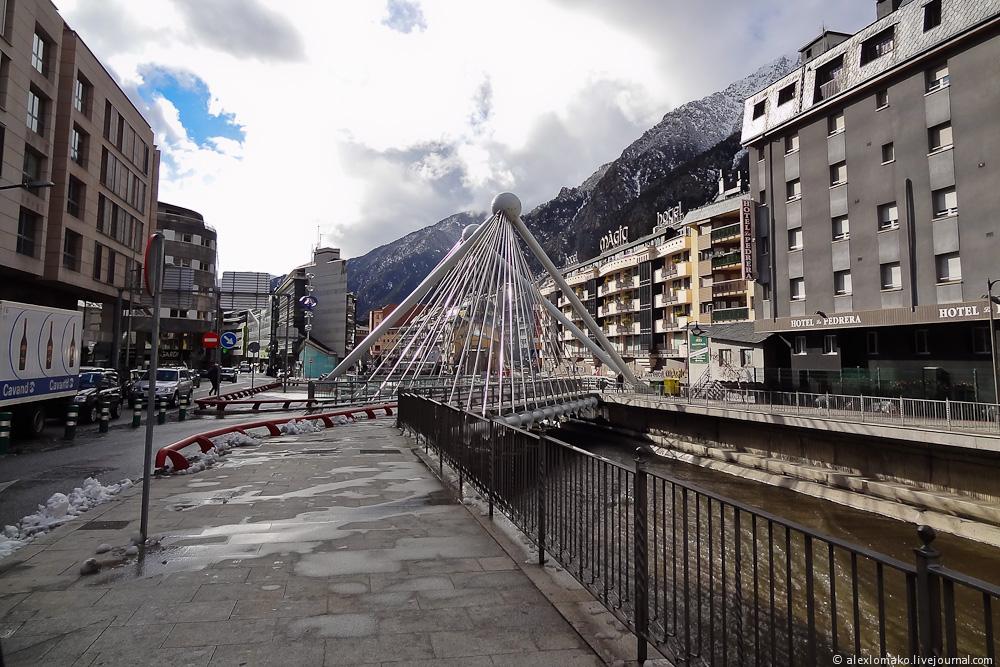 060_Andorra_Andorra-la-Vella_000.JPG