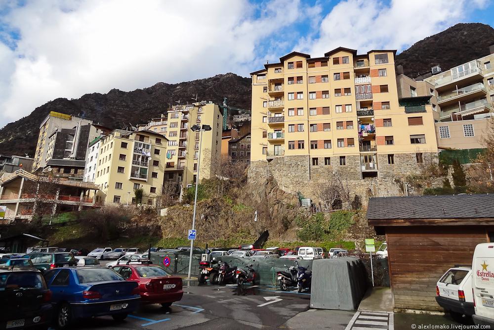 060_Andorra_Andorra-la-Vella_004.JPG