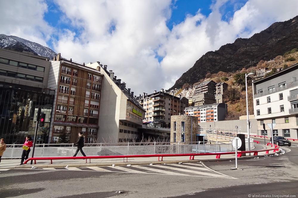 060_Andorra_Andorra-la-Vella_005.JPG