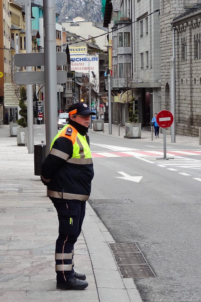 060_Andorra_Andorra-la-Vella_019.JPG