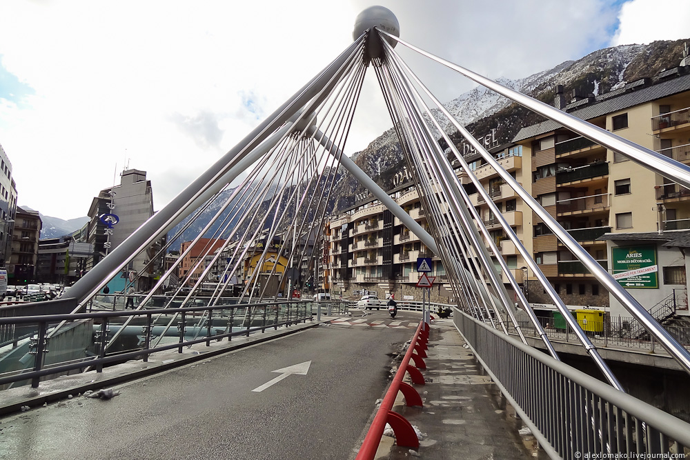 060_Andorra_Andorra-la-Vella_031.JPG