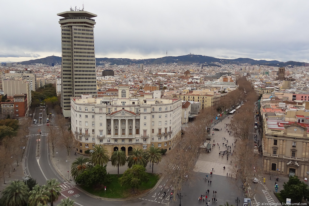069_Spain_Barcelona_ColumbusMonument_004.JPG