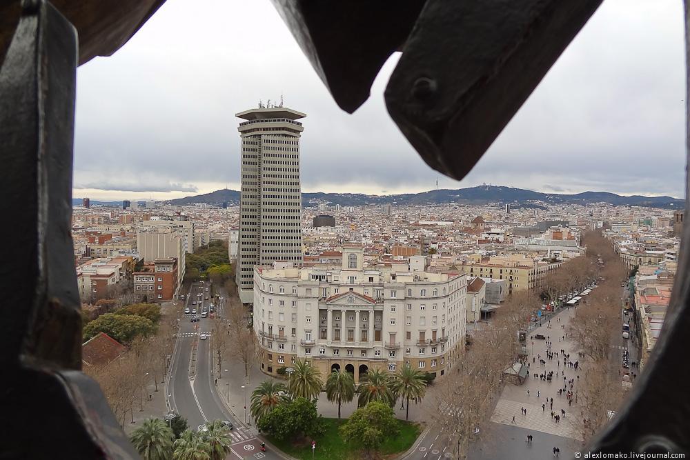 069_Spain_Barcelona_ColumbusMonument_005.JPG