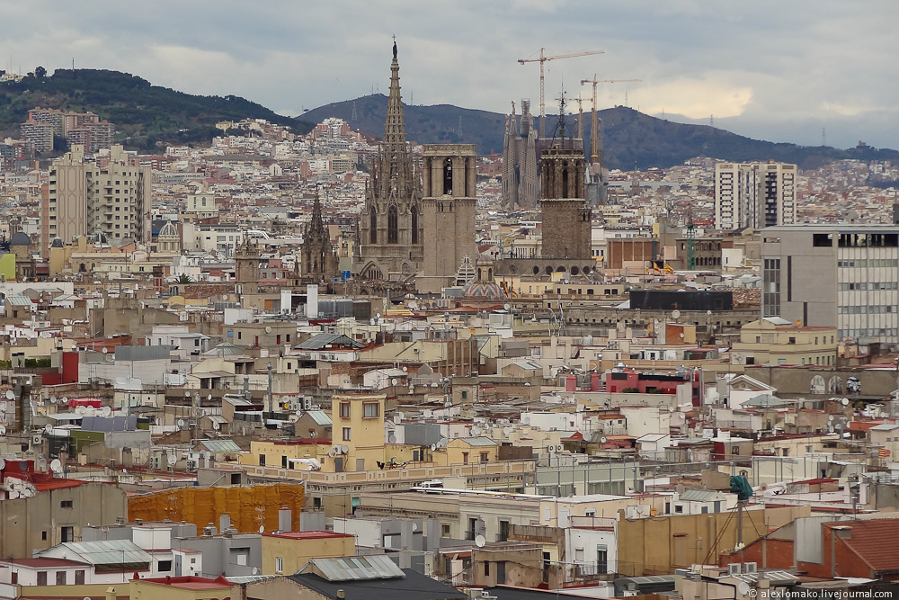 069_Spain_Barcelona_ColumbusMonument_008.JPG