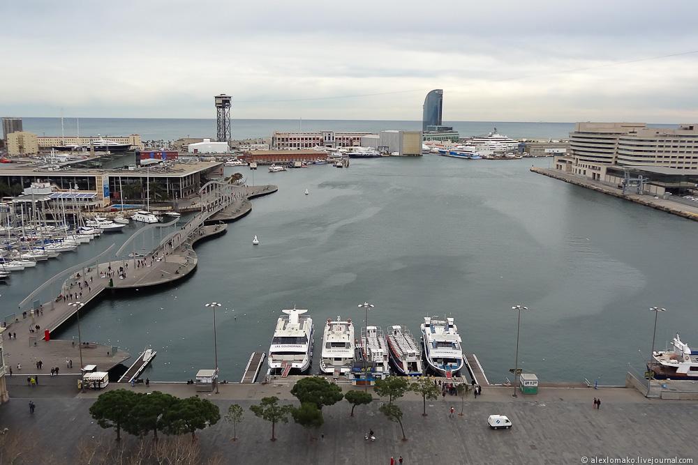 069_Spain_Barcelona_ColumbusMonument_017.JPG