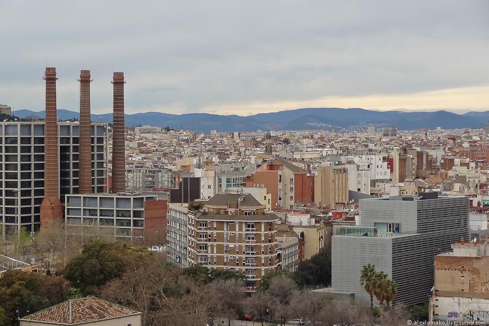069_Spain_Barcelona_ColumbusMonument_020.JPG