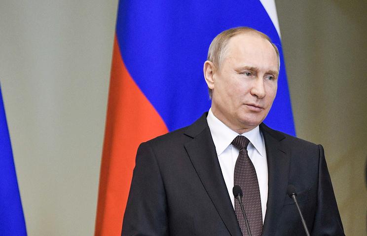 Политика Путина. Президент РФ и новый лидер Франции провели первую рабочую встречу
