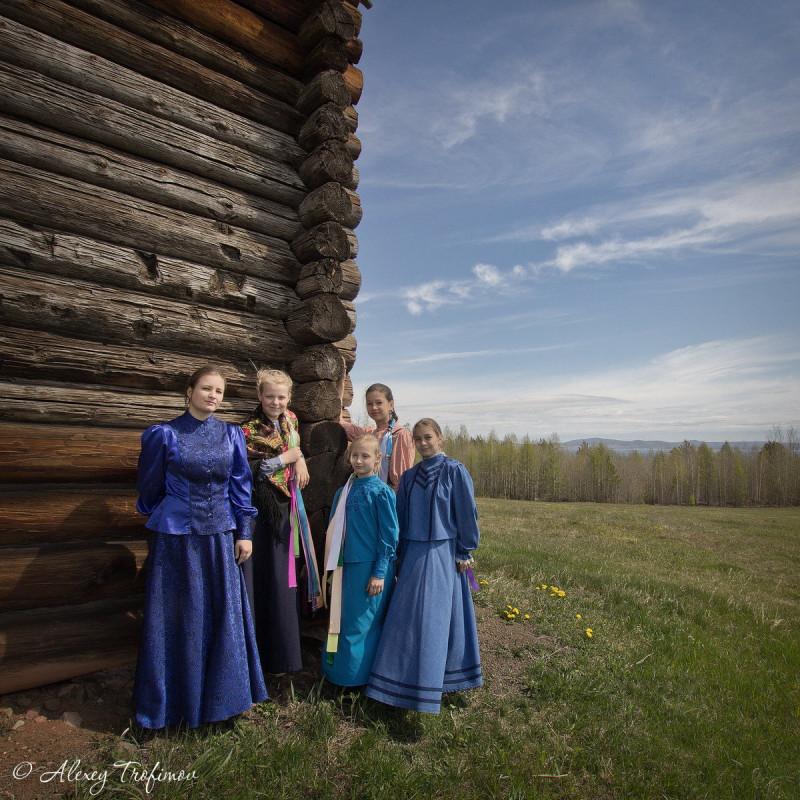 People_2018_06_27_Kazaks-Young-Girls-1.jpg