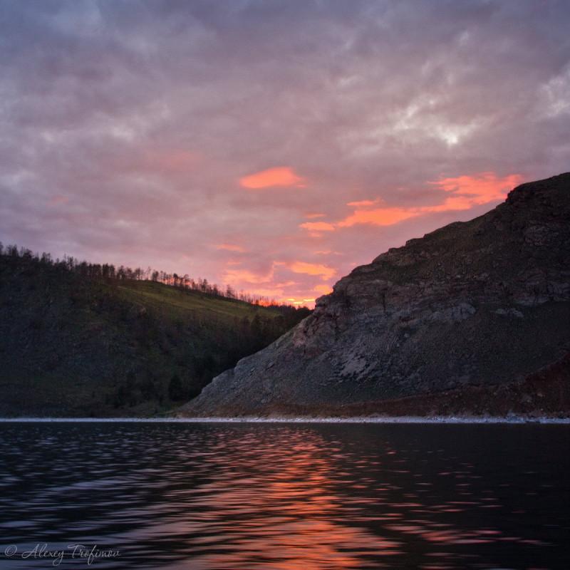 Baikal_2018_06_Sunset-1.jpg