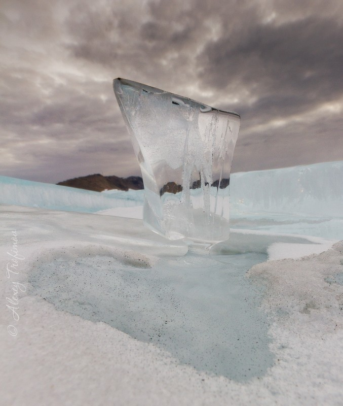 Baikal_2019_03_Ice-cLEAR-Sunset-wHITE-3.jpg