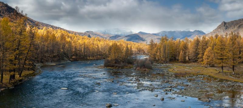 Akha_2021_10_pan_Sentcui-River-14-Панорама.jpg