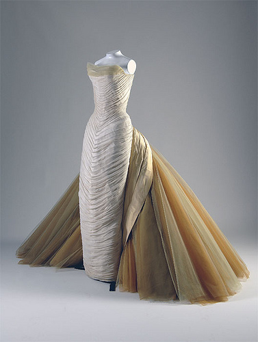 Well-known-Fashion-Designers-Charles-James-2007