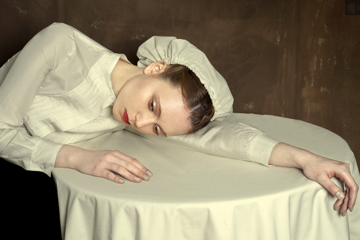 2016-02-04 22-46-53 Photo Tired - Romina Ressia - YellowKorner - Mozilla Firefox