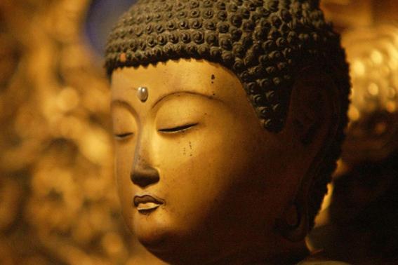 www.GetBg.net_Creative_Wallpaper_Buddha_with_eyes_closed_085345_