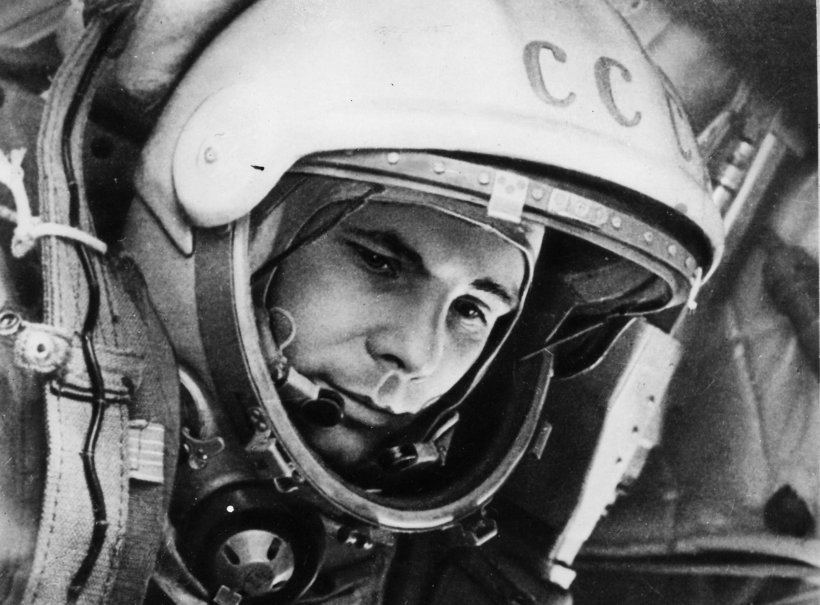 260092__yuri-gagarin-the-first-cosmonaut-of-the-ussr_p