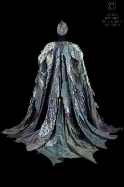 Nicholas Georgiadis Колет принца в Лебедином озере 1964 Венская опера Фонд Нуриева.jpg