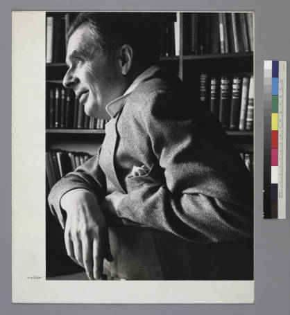 Portrait_of_Aldous_Huxley