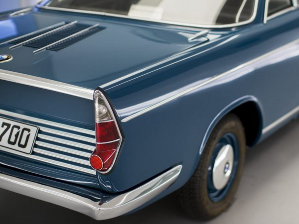 bmw-700-coupe