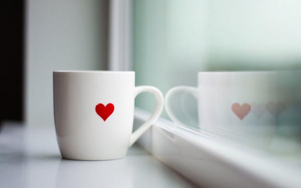 makro-kruzhka-chay-kofe-serdce