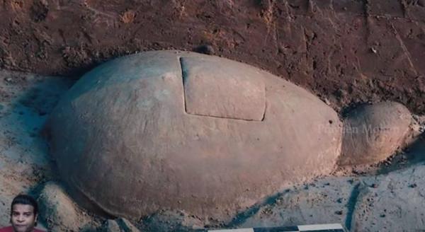 В Камбодже археологи обнаружили «древний кварцевый радиопередатчик»