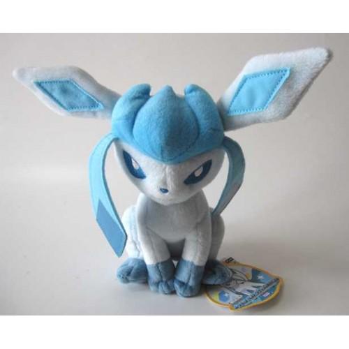 PokemonGlaceonTakaraTomyPlushToyFront-500x500