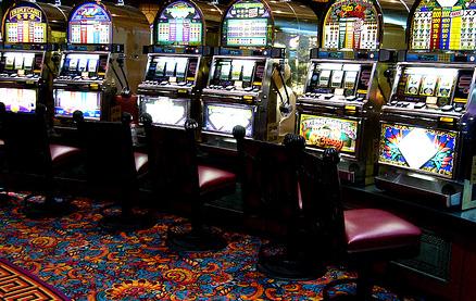 Игровые автоматы на деньги приложение на андроид
