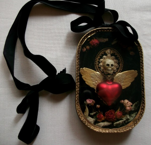 Reliquary necklace