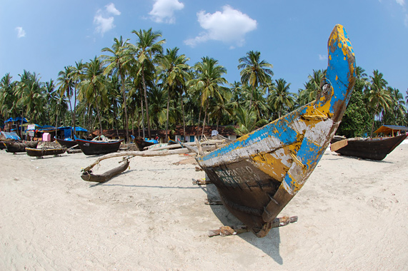 2-4-Palolem-Beach-Goa-India