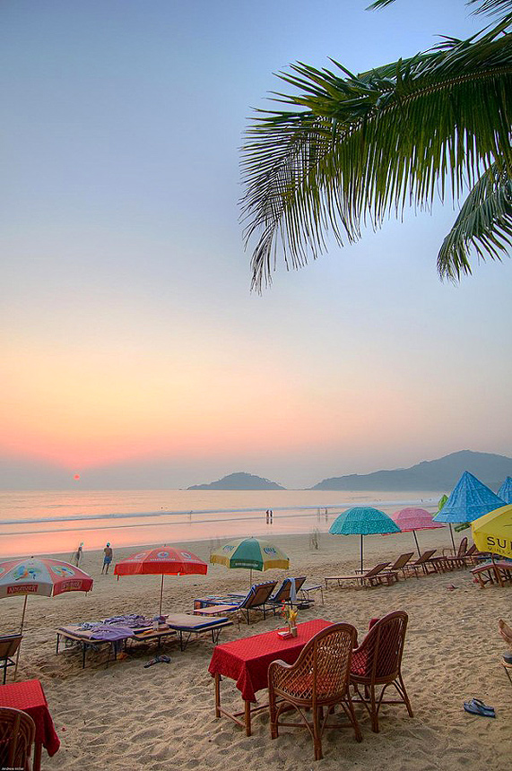 2-5-Palolem-Beach-Goa-India