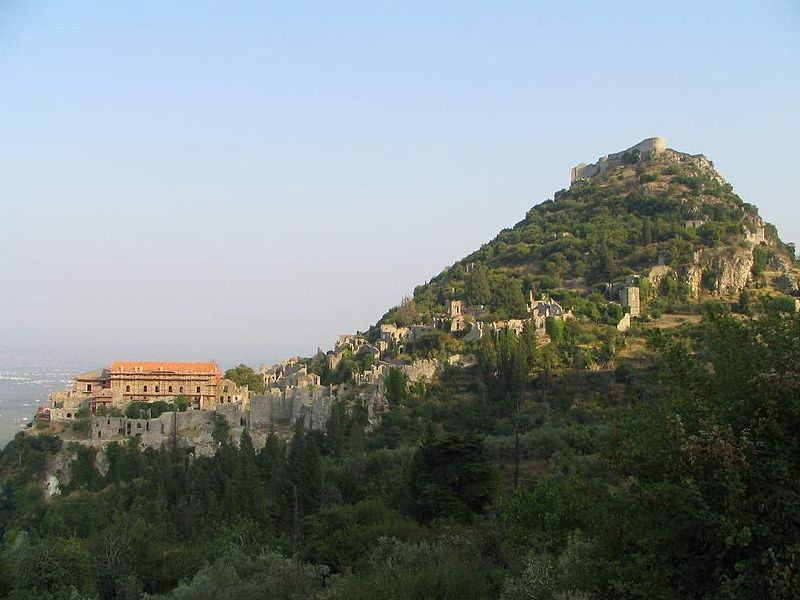 800px-Mystras_general_view