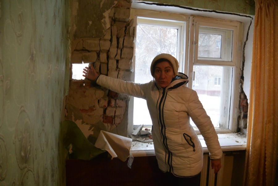 Душ на улице или аварийный дом в Пензе