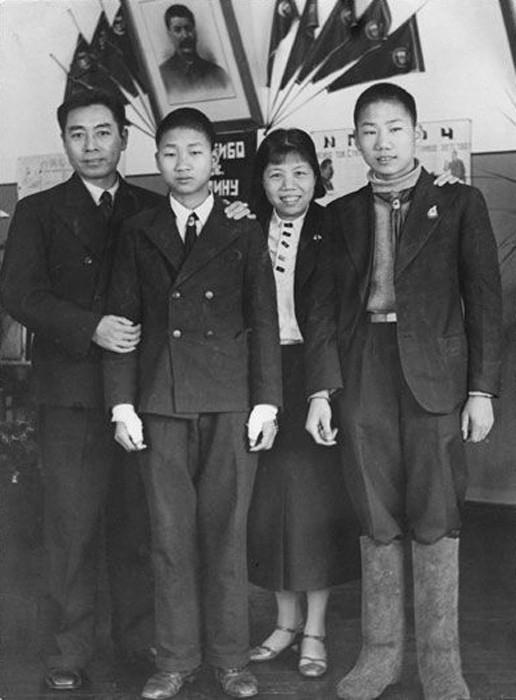 Сыновья Мао в Ивановском интердоме