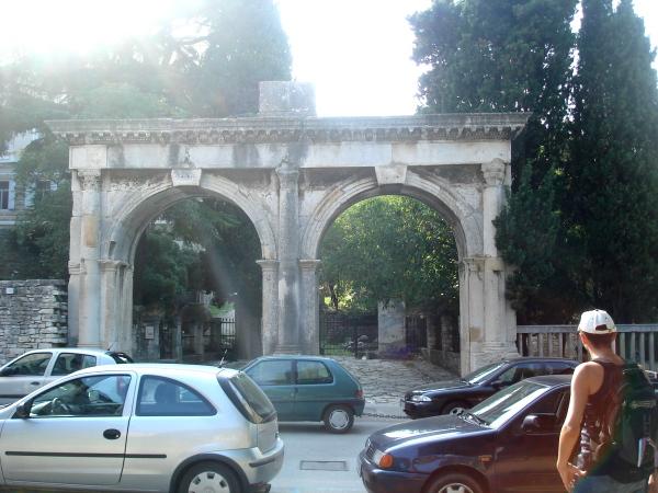 http://pics.livejournal.com/alina0082/pic/00034sdg.jpg