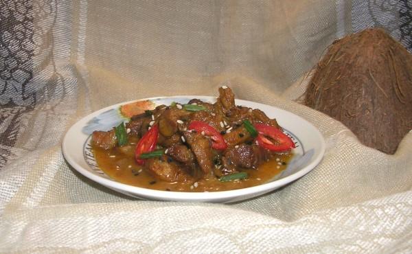 мясо в имбирно-кокосовом соусе