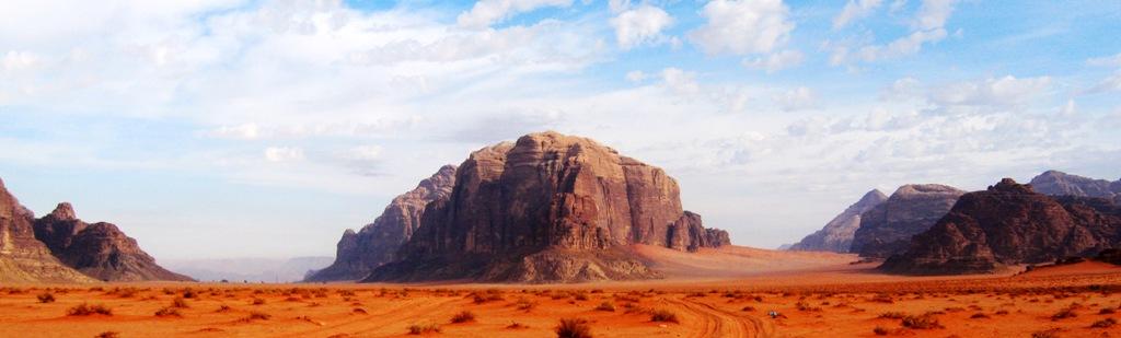 wadi-rum-landscape