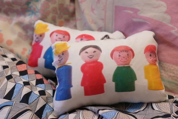 coussin-litttle-people-1-620x413